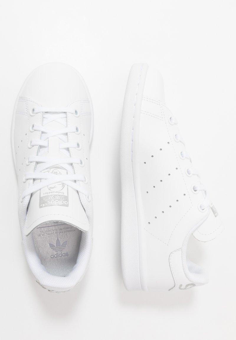 adidas Originals - STAN SMITH - Sneakersy niskie - footwear white/silver metallic