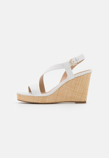 ETIRAVEN - Platform sandals - white