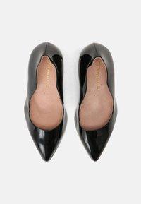 Tamaris Heart & Sole - Classic heels - black - 4