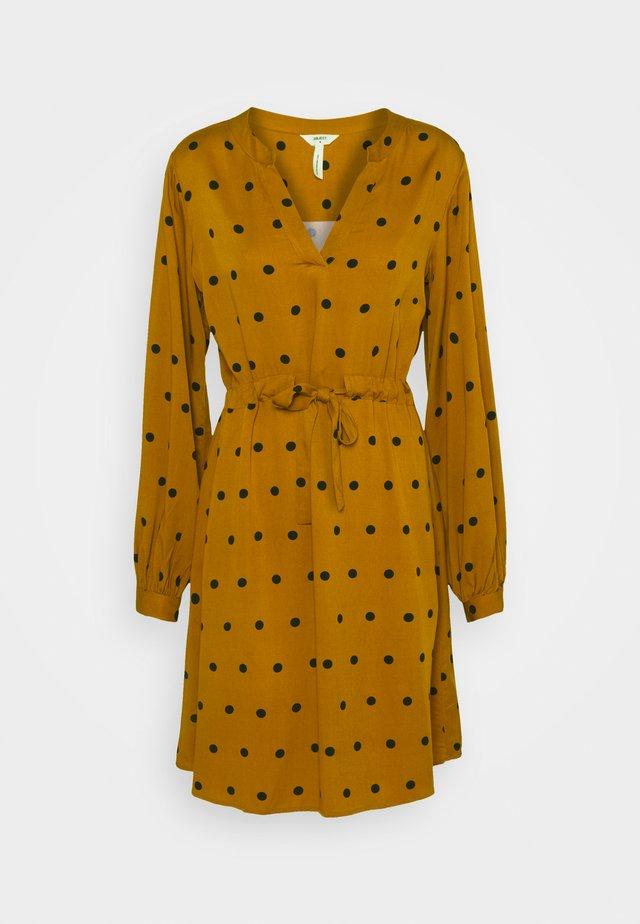 BAYA FANIA  - Day dress - buckthorn brown/sky captain