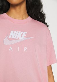Nike Sportswear - AIR - T-shirt imprimé - pink glaze/white - 3