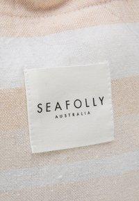 Seafolly - FRINGE BENEFITS TURKISH TOWEL SET - Serviette de plage - pink/sand - 5