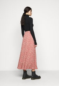 ONLY Tall - ONLPELLA SKIRT - Maxi sukně - mineral red - 2