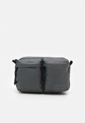 NYLON BUM BAG - Bältesväska - grey
