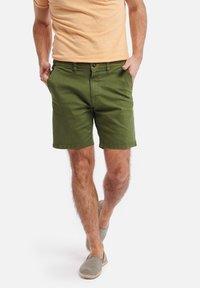 Shiwi - SHIWI MEN STRETCH COTTON JACK - Shorts - khaki green - 0