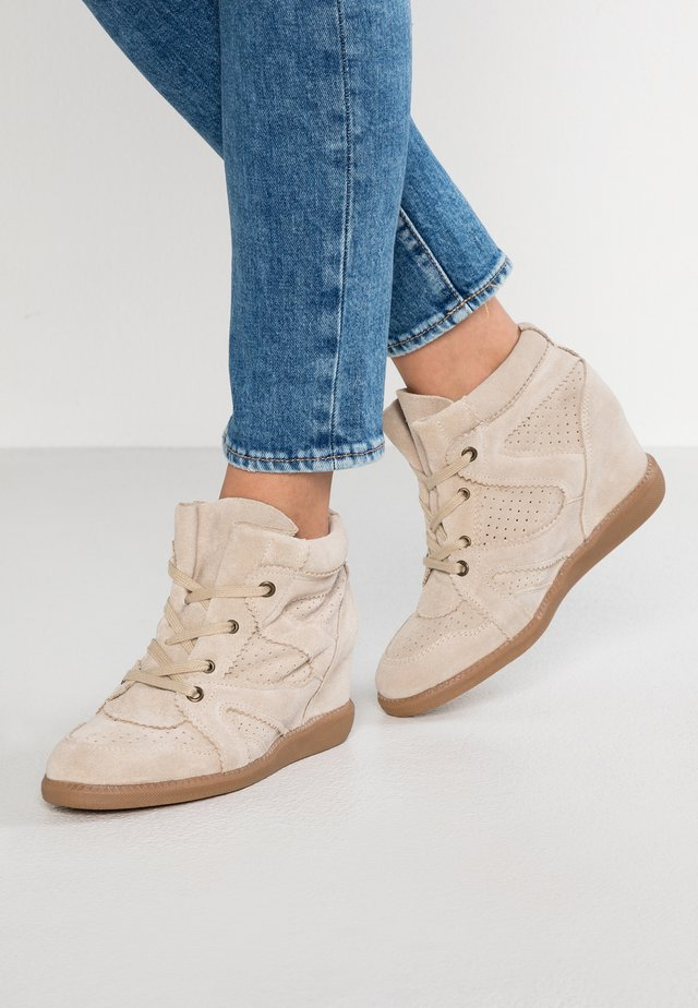 VIBE - Korte laarzen - beige