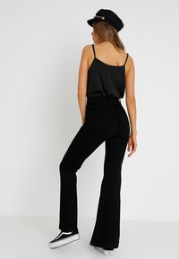 Abrand Jeans - A DOUBLE OH  - Flared Jeans - black denim - 2