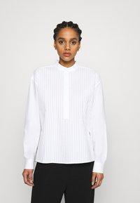 Tory Burch - POPLIN PLEATED - Button-down blouse - white - 0