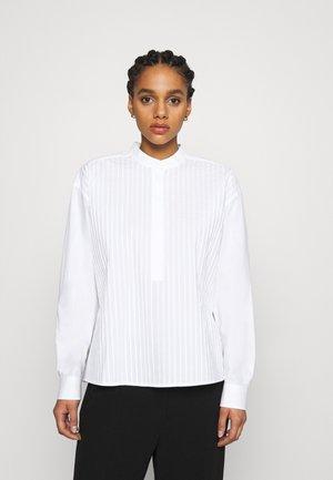 POPLIN PLEATED - Button-down blouse - white