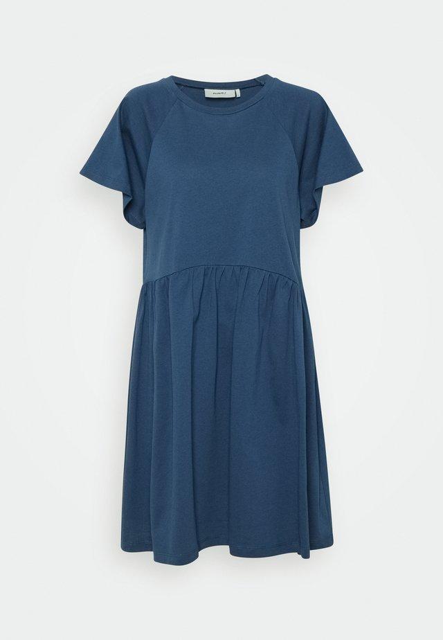 BEBO - Kjole - insignia blue