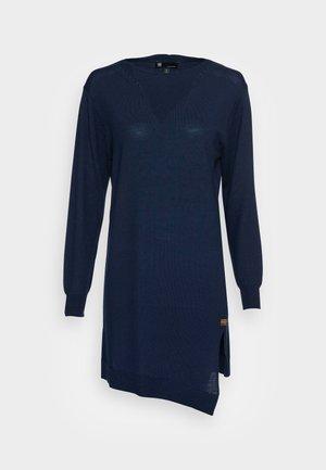 CROSS DRESS KNIT - Gebreide jurk - luna blue