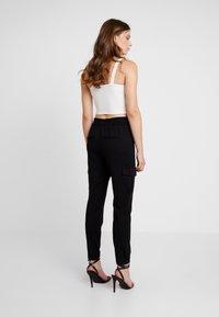 ONLY - ONLPOPTRASH  - Cargo trousers - black - 3
