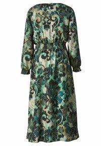 Sara Lindholm - Maxi dress - khaki,salbeigrün - 4