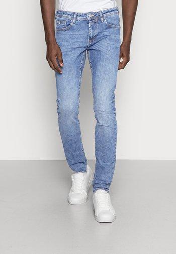 PIERS STRETCH - Jeans slim fit - mid stone wash denim blue