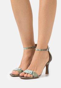 Alma en Pena - Sandals - aqua - 0