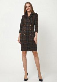 Madam-T - KONTATA - Shift dress - schwarz, senf - 1