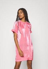 adidas Originals - DRESS - Vestido informal - rose tone - 0