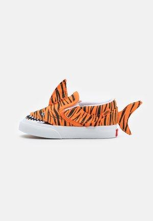 TIGER SHARK - Sneakers laag - orange