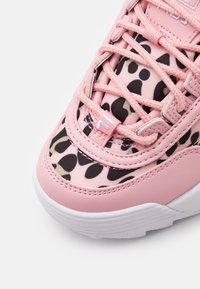 Fila - DISRUPTOR KIDS - Sneaker low - coral blush - 5