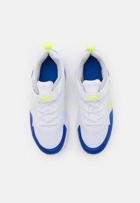 Nike Sportswear - WEARALLDAY UNISEX - Trainers - white/volt/game royal/grey fog - 3