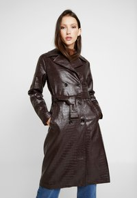 Dorothy Perkins - CROC - Trench - choc - 0
