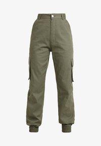 Missguided Petite - PLAIN CARGO TROUSER - Trousers - khaki - 5