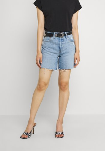 501® MID THIGH SHORT - Denim shorts - tango crushed short