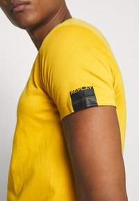 Replay - T-shirt basic - citron - 4