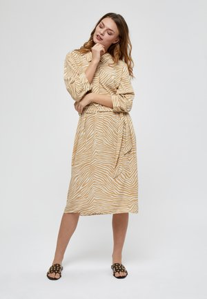NIMA  - Shirt dress - prairie sand pr