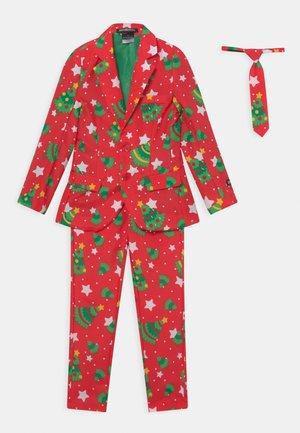 BOYS CHRISTMAS TREES STARS SET - Verkleedkleding - red
