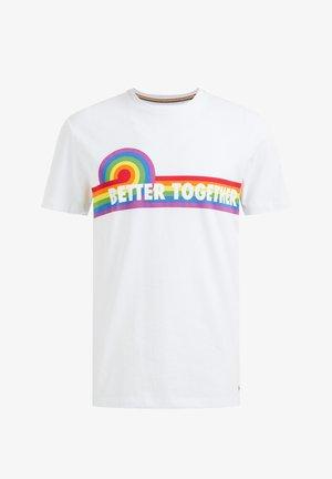 PRIDE UNISEX  MET OPDRUK - T-shirt z nadrukiem - white