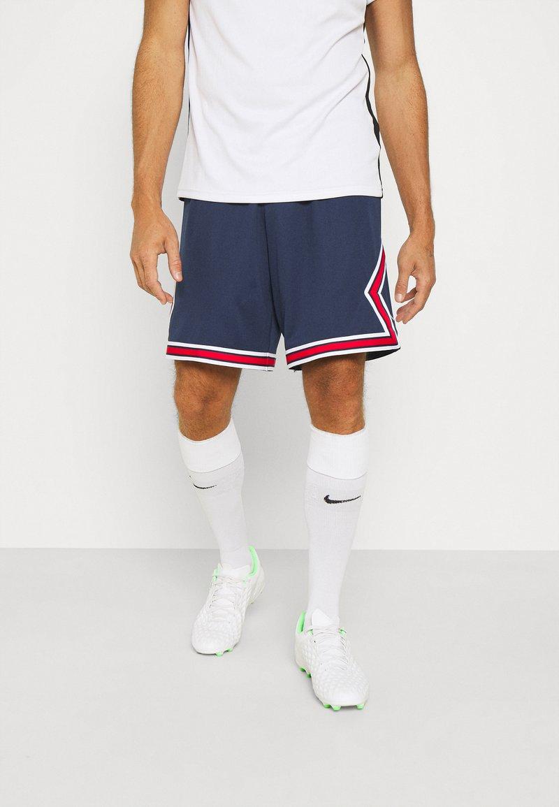 Nike Performance - PARIS ST. GERMAIN STADIUM  - Korte sportsbukser - midnight navy/university red/white
