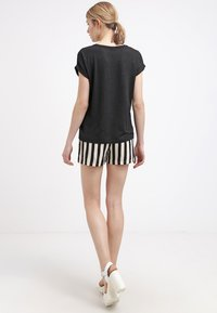 ONLY - ONLMOSTER ONECK - T-shirts - black - 2