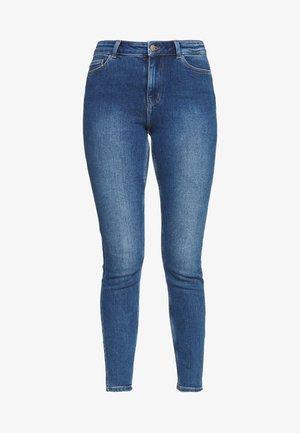 PCKAMELIA ANKLE - Skinny džíny - medium blue denim