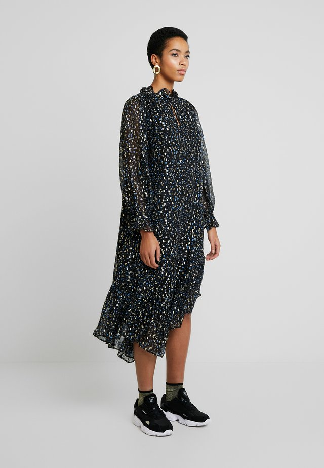 SONA - Day dress - sparkles in the night