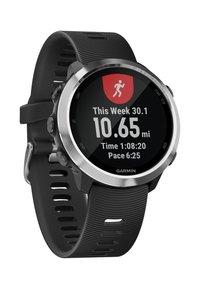 Garmin - FORERUNNER  - Smartwatch - black - 6