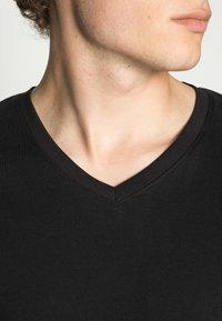 Jack & Jones - JJEPLAIN  - T-shirt basic - black - 4