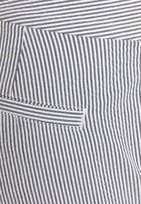 Lauren Ralph Lauren - SEERSUCKER PANT - Trousers - navy/white - 6