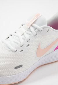 Nike Performance - REVOLUTION 5 - Neutral running shoes - summit white/washed coral/fire pink - 5