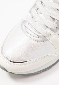 Mariamare - Sneakers - silver - 2