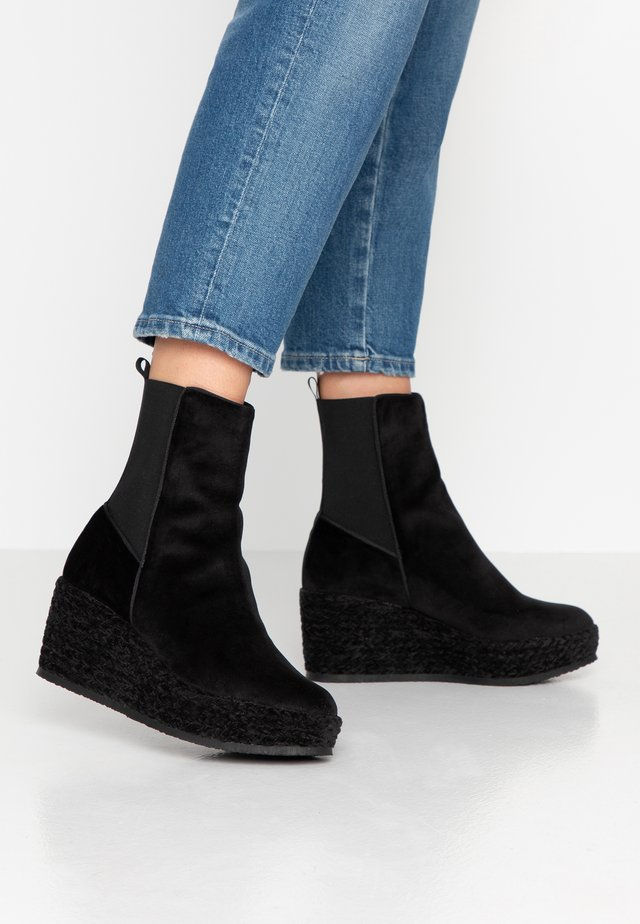 NOEMI - Wedge Ankle Boots - black