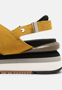 Gioseppo - Platform sandals - amarillo - 7