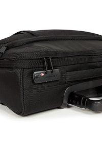 Eastpak - Boardcase - cnnct coat - 2