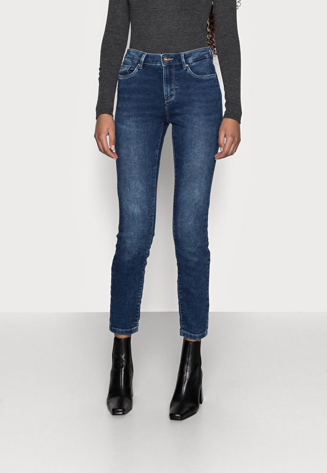 ONLCARMEN LIFE  - Jeans Skinny Fit - dark blue denim