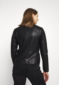 ONLY - ONLMELISA FAUX JACKET - Veste en similicuir - black - 2
