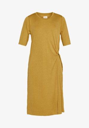 NUAUDRINA DRESS - Jerseykjole - yellow