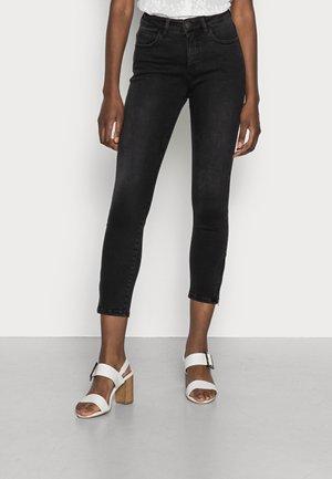 EVITA ZIP - Jeans Skinny Fit - soft washed black