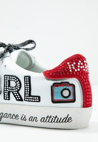 KARL LAGERFELD - SKOOL JEWEL BADGE - Sneakersy niskie - white/silver - 2