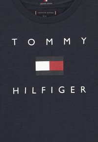Tommy Hilfiger - LOGO - Print T-shirt - twilight navy - 2