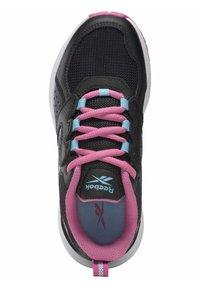 Reebok - SUPREME  - Neutral running shoes - black - 3